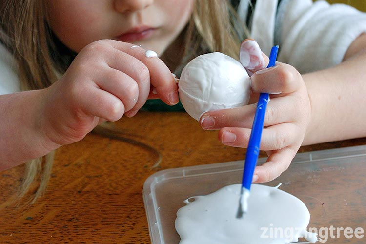 Glue on a polystyrene ball