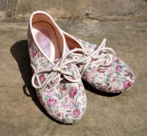 Vintage Rose Shoe Monsoon