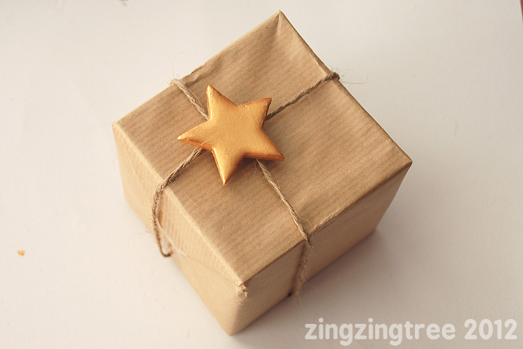 Gold Star Present Wrapping Idea