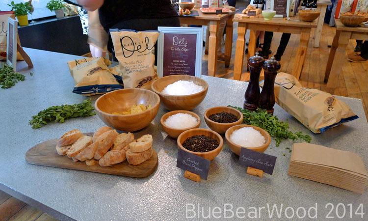 Walkers Market Deli Sea Salt And Black Pepper Crisps