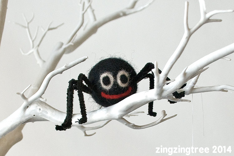 Felt Spider