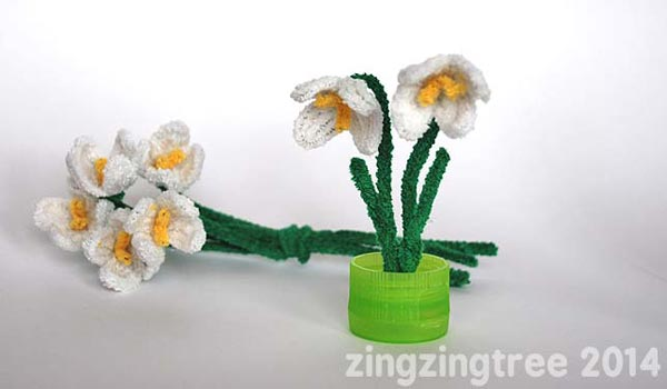 Pipe Cleaner Snowdrops