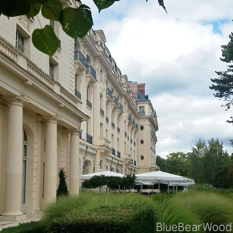 Trianon-Palace-Hotel-side