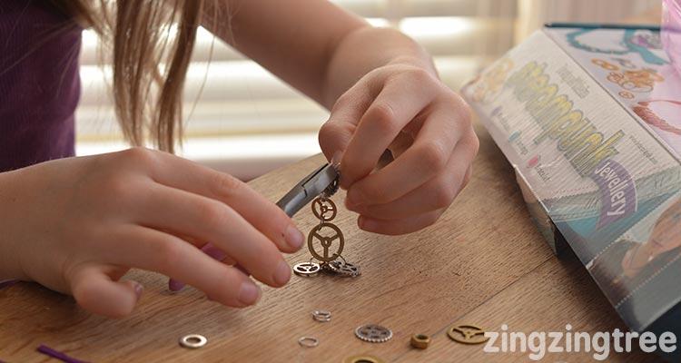Steampunk cog bracelet