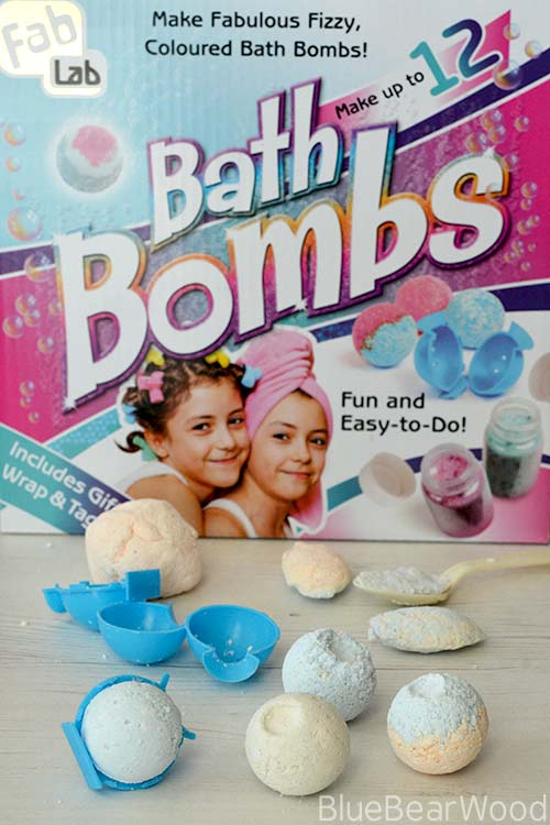 Fab Labs Bath Bomb Kit by Interplay