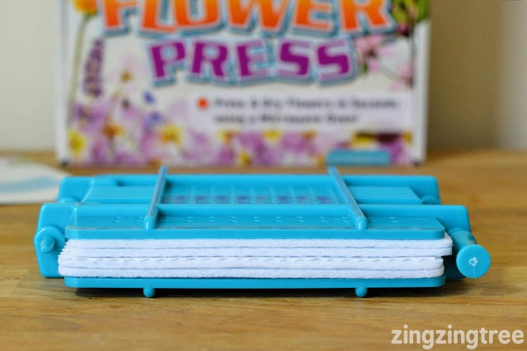 How to press a large flower