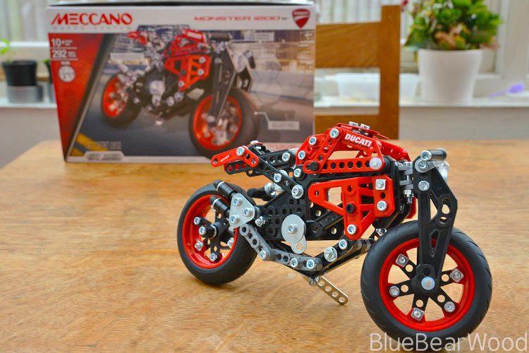Meccano Monster 1200s Ducati
