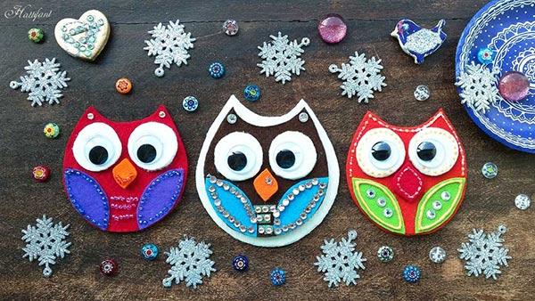 Felt owl biscuit