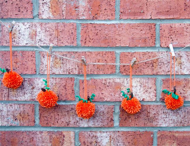 how-to-make-pom-pom-pumpkin-garland-7