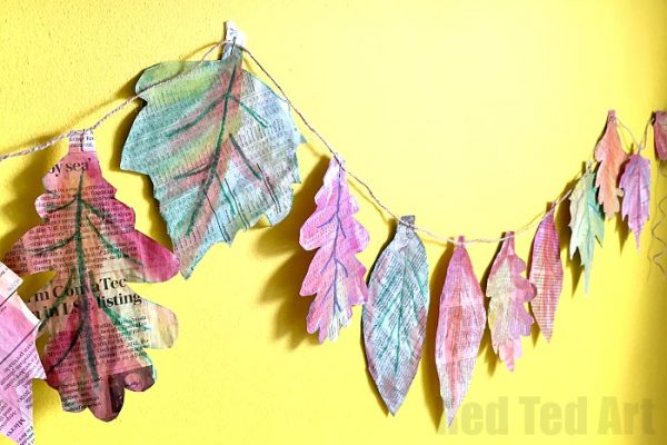 newspaper-leaf-garland-600x400