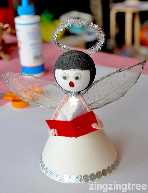 Singing Angel Christmas Decoration