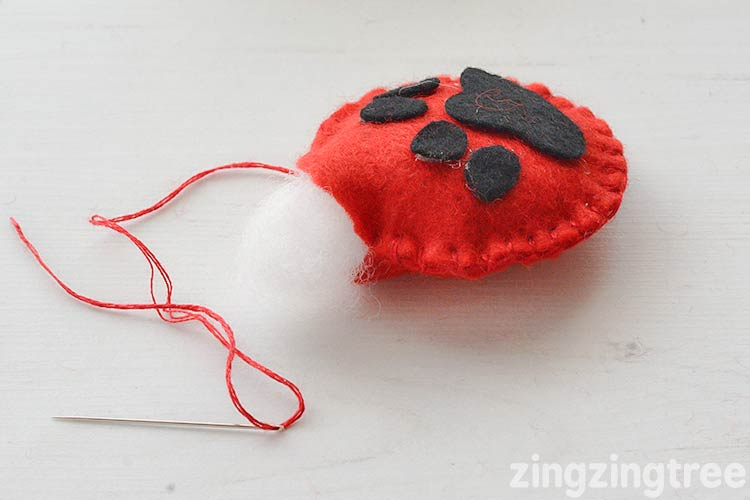 How to stuff a Felt Paw Print Christmas Tree Ornament