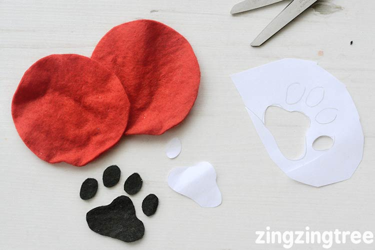 Cut out the paw shape