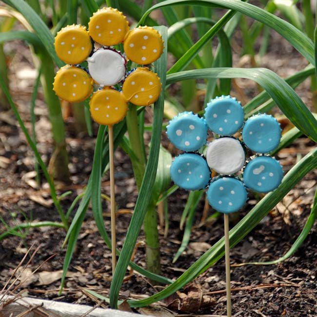 Bottle top garden flowers