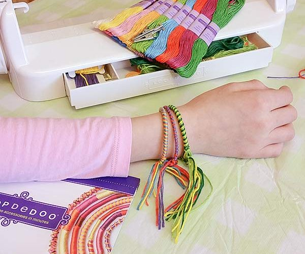 How To Make Adorable Loopdedoo Bracelets In Just A Few Minutes