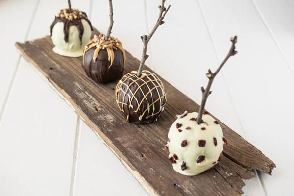 Homemade chocolate Candy Apples