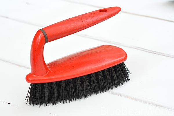 Greener Cleaner Scrubbing Brush