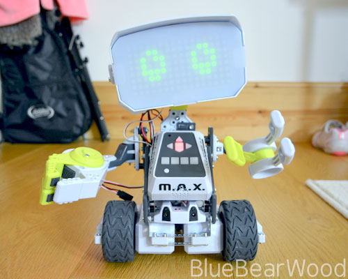 Meet Meccano MAX The Little Robot With A Big AI