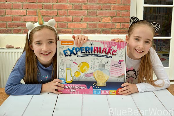 Make Lotions & Potions With The Nickelodeon Experimake Scent-sational Spa Kit