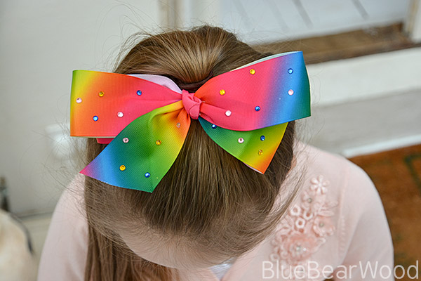How To Make your won JoJo Siwa Bow