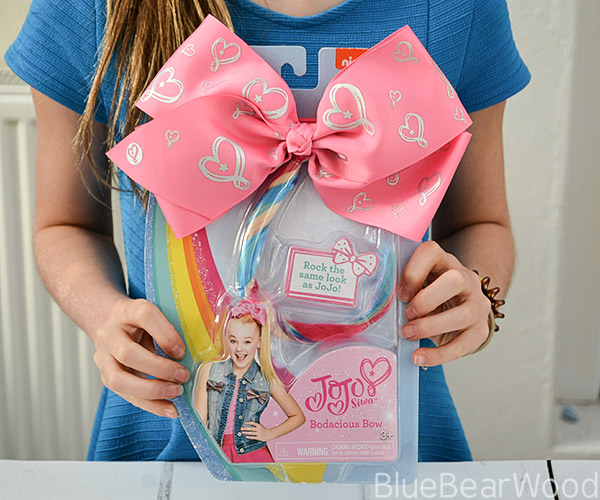 JoJo Siwa Bodacious Bow Review