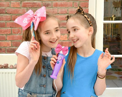 Party With The JoJo Siwa Light Up Microphone And Bodacious Bow