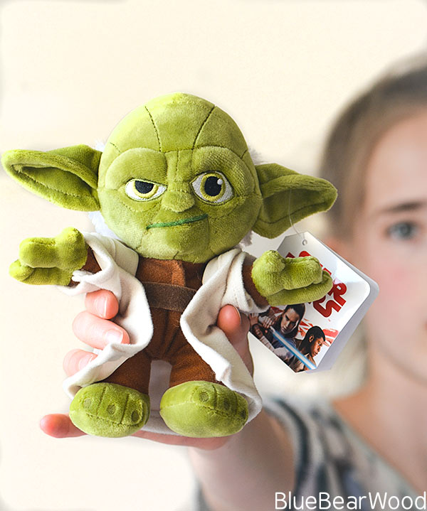 Official Disney Star Wars Soft Toy Solo Yoda Plushie