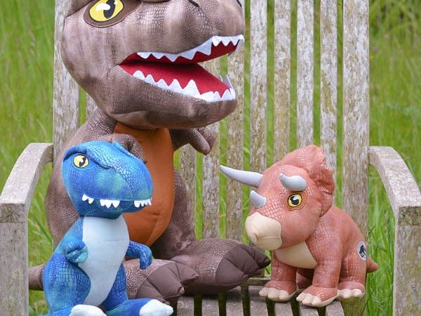 Your Gonna Want these Jurassic World Fallen Kingdom Soft Toy Dinosaurs