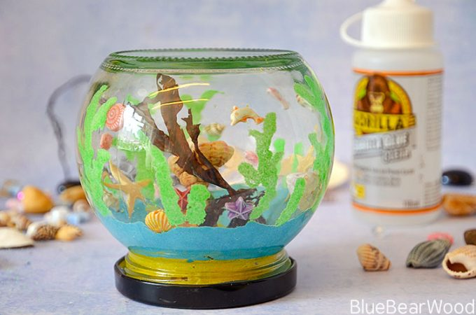 How To Make This Adorable Mini Glass Jar Sea Aquarium