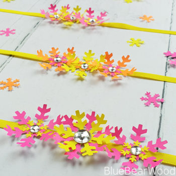 Simple Paper Flower Bracelet Craft