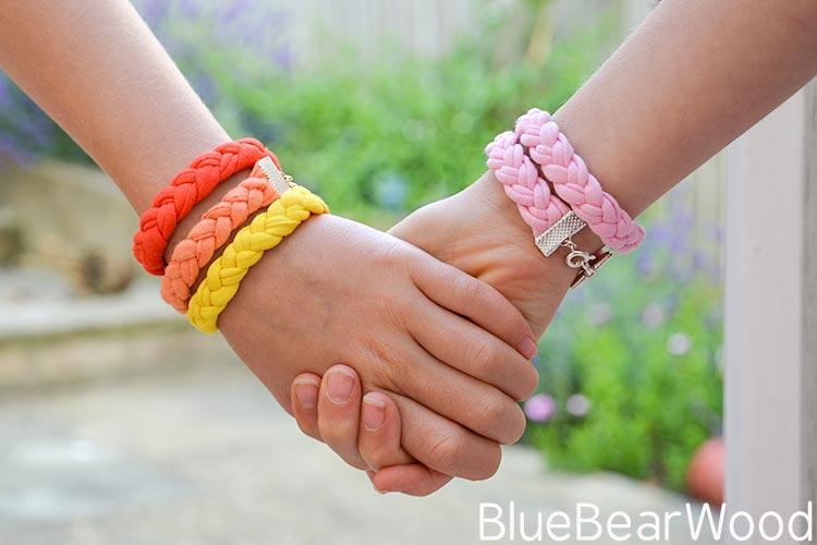 DIY Yarn Bracelets Using T-Shirt Yarn