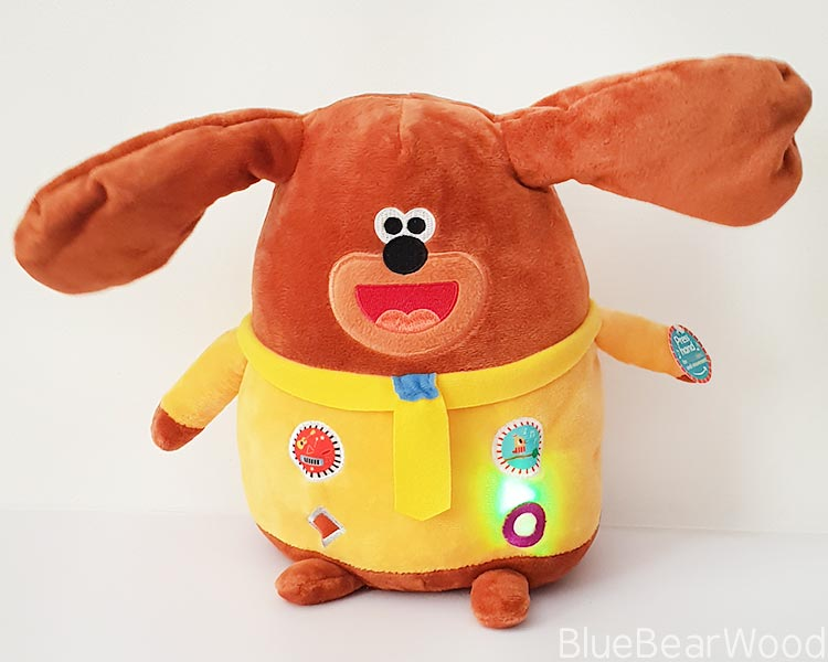 Light And Sounds On Musical Duggee Soft Toy