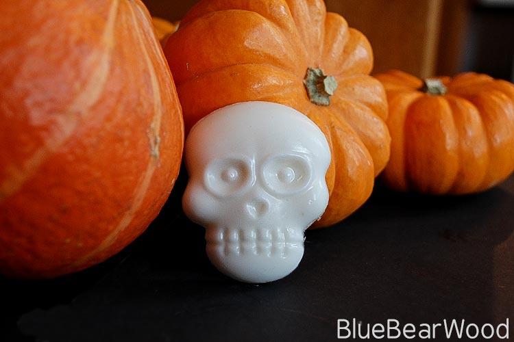 Melt-&-Pour-Halloween-Ghost-Soap